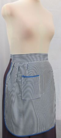 S017 DBO -  LADIES APRONS - SQUARE POCKET STRIPED HALF APRON